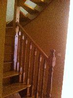 Escalera acceso Buhardilla Chalet
